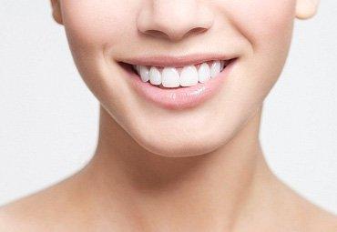 سفید کردن دندان راه های خانگی