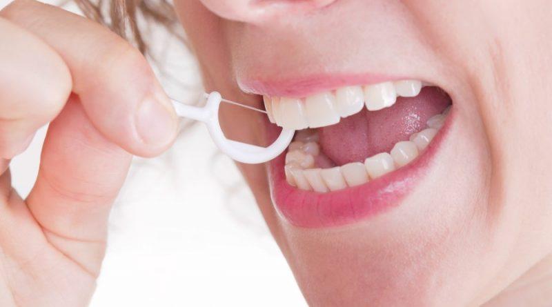 نخ دندان خوب یا بد